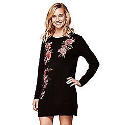 Yumi - Black embroidered floral jumper dress