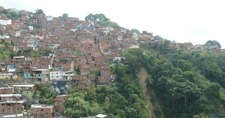 Ciudades y municipios de Colombia han crecido de manera informal http://www.hoyesnoticiaenlaguajira.com/2018/01/ciudades-y-municipios-de-colombia-han.html
