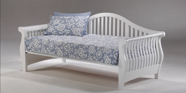 Assembly Instructions for Nightfall Daybed http://how2assemble.com/assembly-instructions-nightfall-daybed/