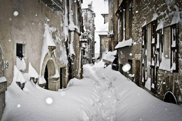 Snow in Macerata Feltria, Le Marche, Italy