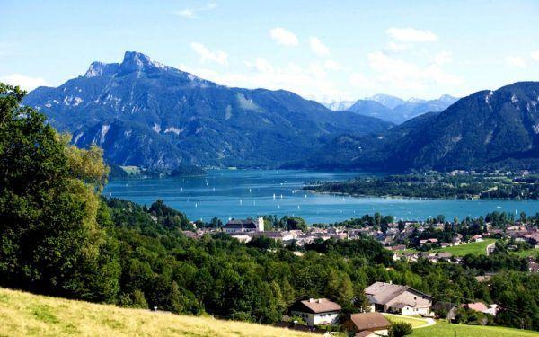 Rakousko - Attersee a Mondsee. Kam na dovolenou do přírody, když potřebujete vypnout - Iconiq.cz