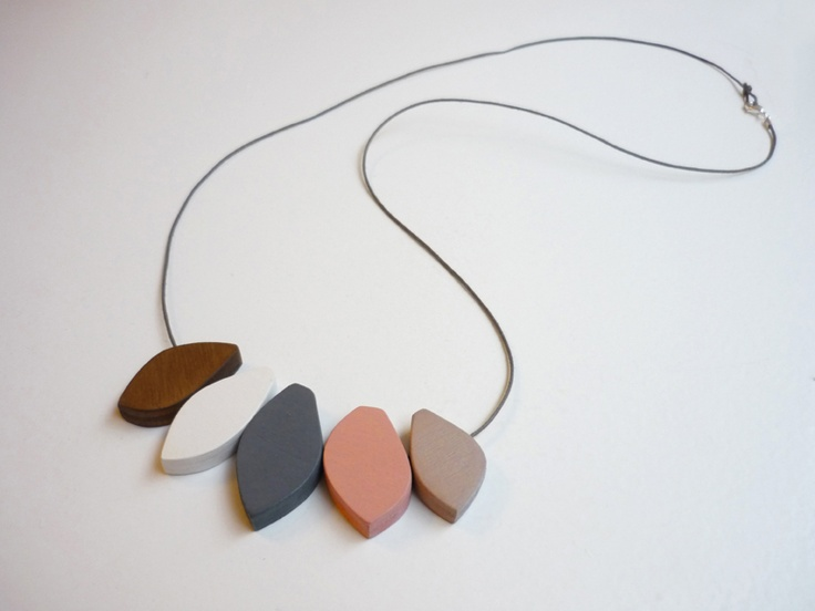 Necklace from Snug
