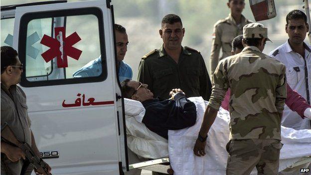 Hosni Mubarak: Verdict delayed in protester killing retrial - Source - BBC News - © 2014 BBC #Egypt, #HosniMubarak, #Protest