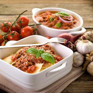 Kukuřičné ravioli se špenátem v rajčatové omáčce-dělená strava kytičky