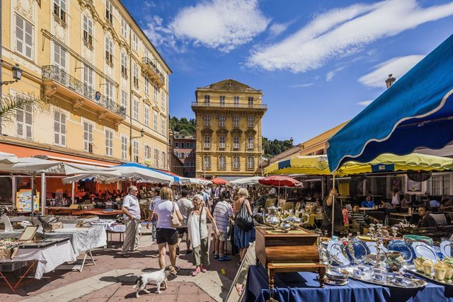 One of Nice's most divine pleasures is wandering the outdoor markets along the Cours Selaya. Find out the hours, details and themes for the various markets throughout Nice.