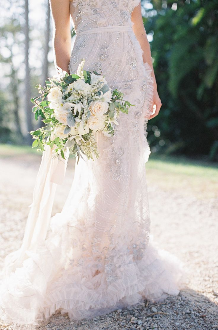 26 gorgeous ethereal colored wedding dresses for Romantic ethereal wedding dresses