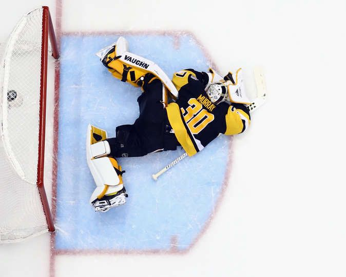 Penguins Mobile: PITTSBURGH, PA - MAY 29: Pittsburgh Penguins goalie Matt Murray #30 tends net against the Nashville Predators during Game One of the 2017 NHL Stanley Cup Final at the Consol Energy Center on May 29, 2017 in Pittsburgh, Pennsylvania. The Penguins defeated the Predators 5-3. (Photo by Bruce Bennett/Getty Images)