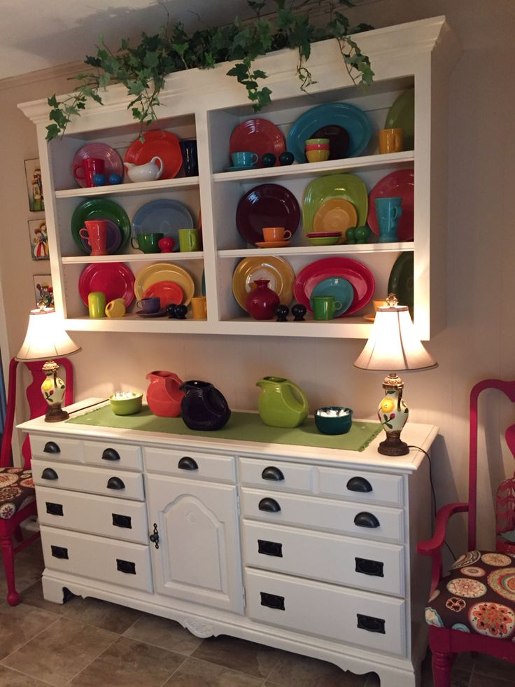 17 Best Images About Fiestaware Display Ideas On: Best 25+ China Display Ideas On Pinterest