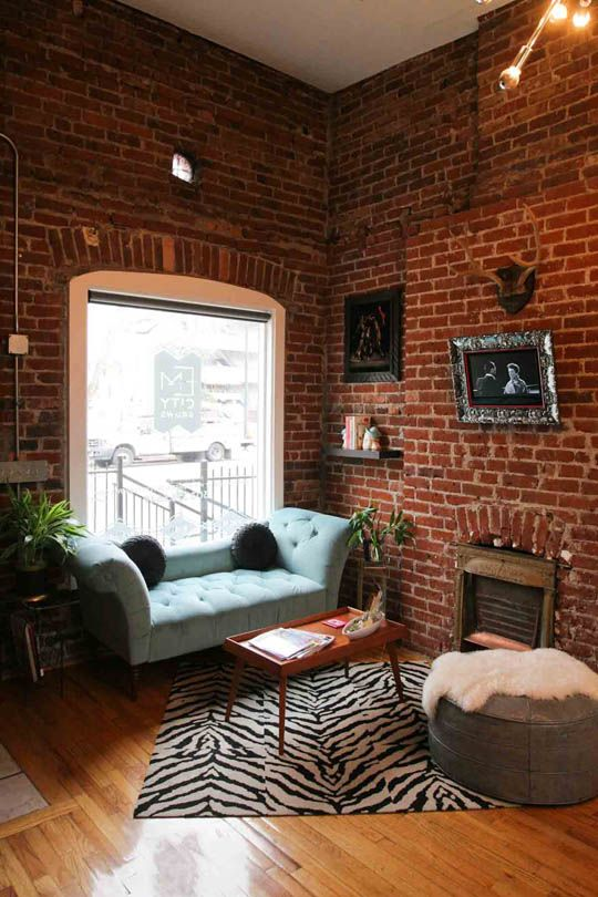 The Creative Style of Emerald City Brows   Workspace Tour