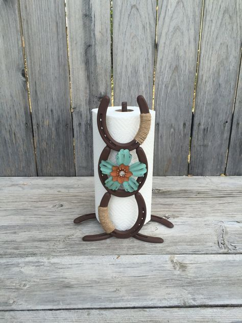 This rustic paper towel holder is the perfect fit your your country western home. The rustic brown finish on the paper towel holder compliments the white metal flower perfectly. If you are looking for just the right look for a paper towel holder you have found it. If you have any questions about this item please message me, I would love to help. Are you purchasing this for a christmas gift, birthday gift, wedding gift or thank you gift? Then add a card to your order to be put in with your…