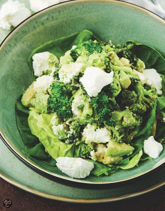 Salade met broccoli en avocado uit Puur genieten 2, Pascale Naessens #Salad #Healthy #Greens