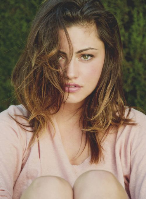 phoebe tonkin. and again.. tooooo pretty <3 :)