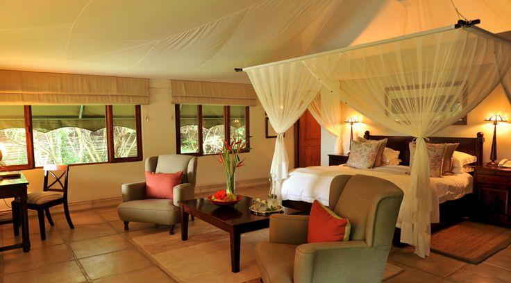 Executive Suite at Savanna Lodge, Sabi Sand Reserve. http://www.pridelodges.com/index.php/game-lodges/luxury/savanna/