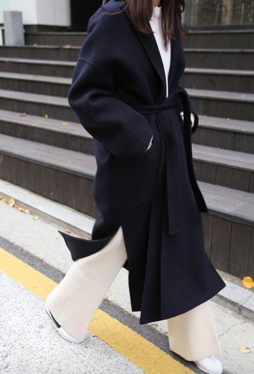 Clean cut #atpatelierweekends #atpatelier #coat #design