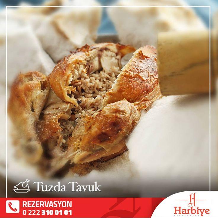 Hatay Mutfağı'na özel Tuzda Tavuk, özel olarak soslanarak yaklaşık 7 kg Kaya tuzu ile kaplanır.3 saat Taş fırında bekletilir. Denedikten sonra vazgeçilmeziniz olacak!