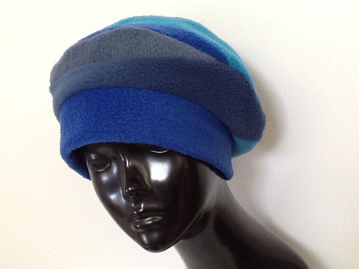 Bonnet créateur en polaire multicolore : Chapeau, bonnet par creation-valerie-castets