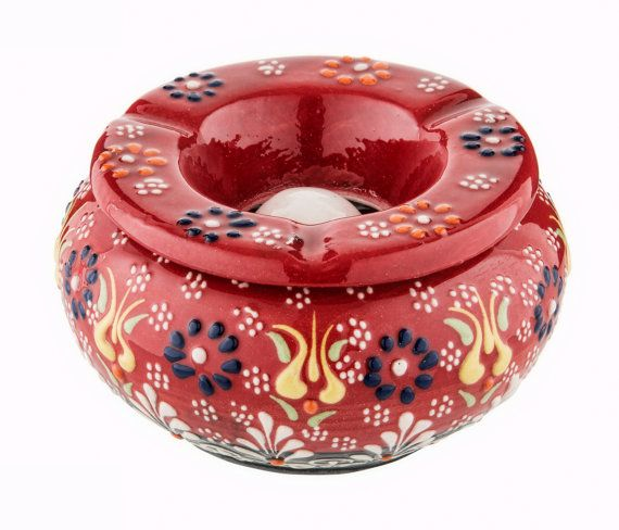 """This embossed ashtray can be used as a decoration item with its unique color in your house or as a gift for your loved ones  DIMENSIONS  3.9"""" / 10 cm Round  2.75"""" / 7 cm Height  Please do no hesitate to ask for more colors / patterns"""