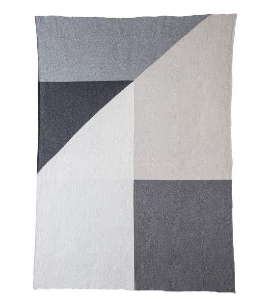 The Oscar X Large Blanket