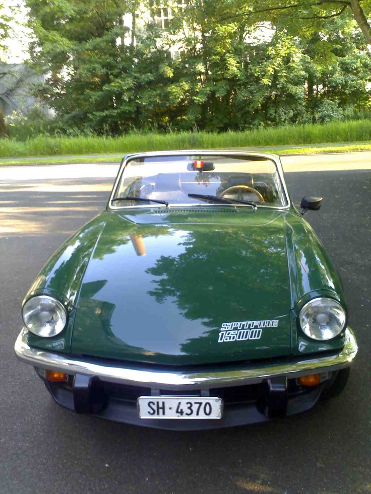 Triumph Spitfire 1500.... Even love the green color lol