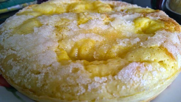J avais déjà fait une tarte au sucre, mais j ai voulu essayer cette recette trouvée dans l espace recettes Thermomix, ici  Un pur régal!  ...