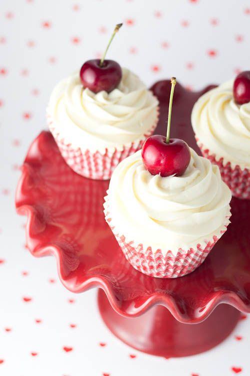 Objetivo: Cupcake Perfecto:Cupcakes de cerezas al marrasquino