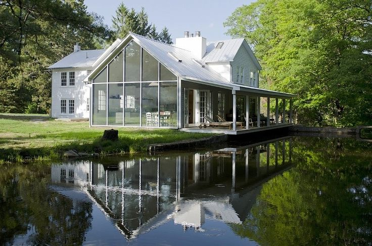 This Floating Farmhouse Gets A Stunning Renovation