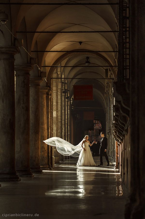 More from this series: http://www.ciprianbiclineru.de/italien-after-wedding-shooting/
