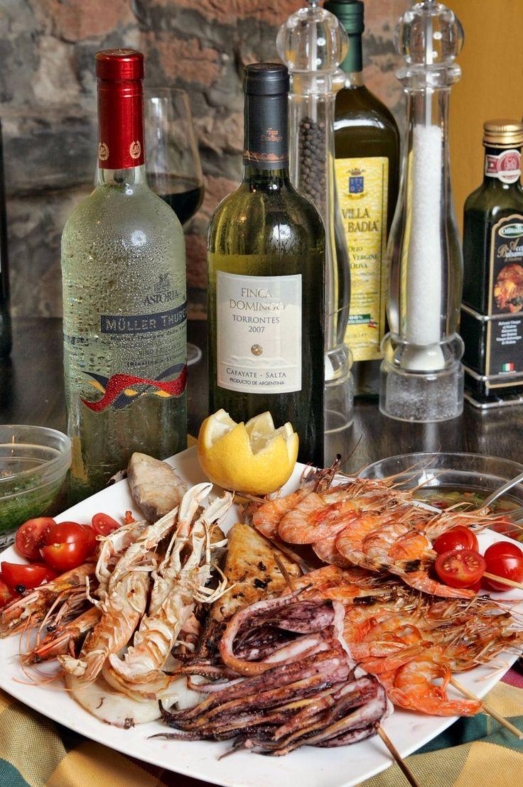 Grigliata mista di pesce, Emilia-Romagna, Italy