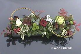 Bloemschikken Allerheiligen: Grafstuk maken met bladlood als Allerheiligen bloemstuk - zelf maken bloemstuk allerheiligen