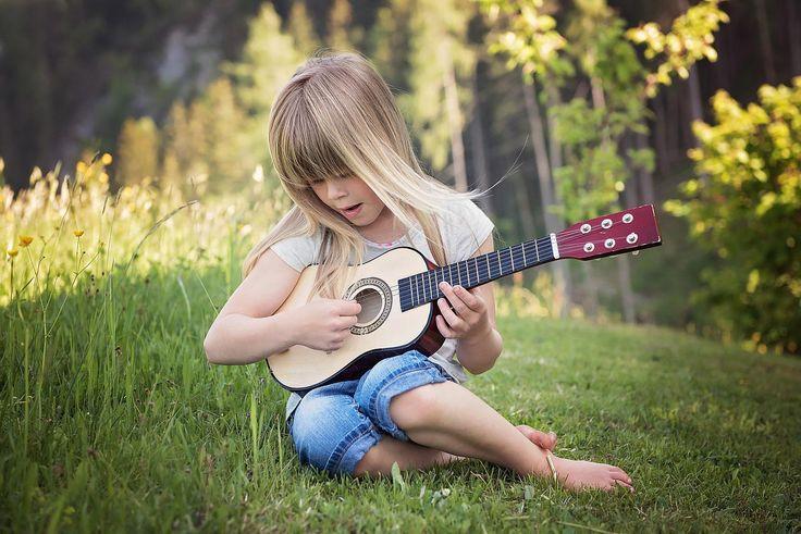 Gitarrengrößen sind ein wichtiges Kriterium einer Gitarre. Welche Gitarrengröße für Dich die Richtige ist erfährst du in diesem Artikel!