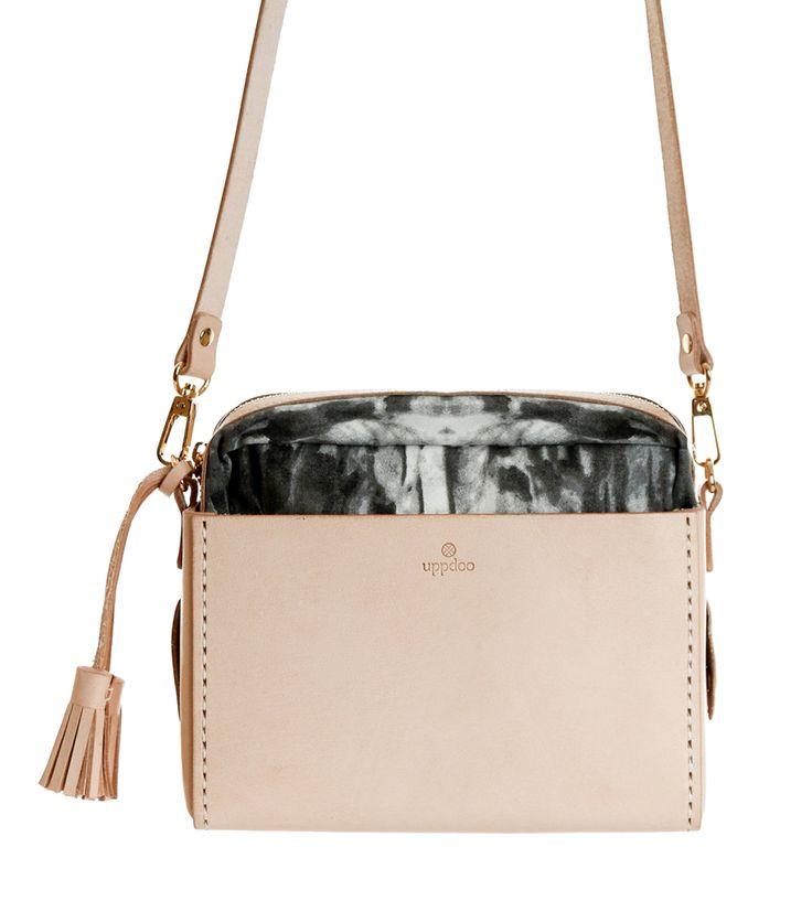Uppdoo Design Studio » 'Mingle' shoulder bag – nude
