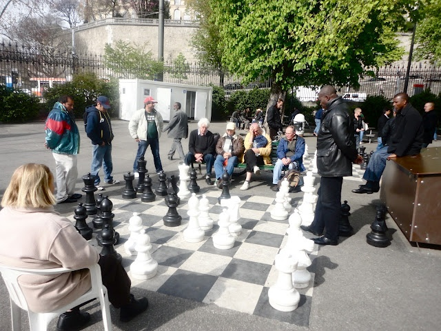 This photo reminds me about chess board at Frutillar, Chile.