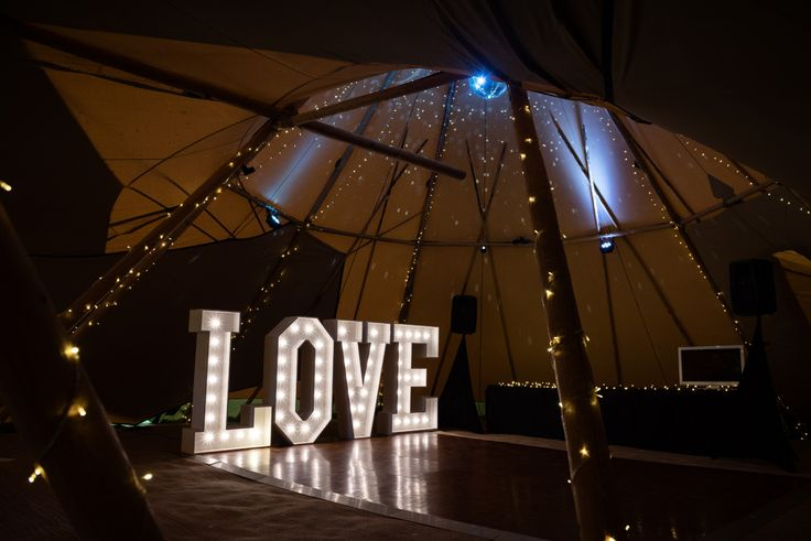 Pipewell Hall, an outdoor & tipi wedding venue in Northants (23)