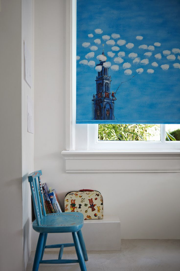 Drawings from the illustrator Marit Törnqvist have been used for to create a wonderful children's collection. Luxaflex® Roller Blinds. #Luxaflex #RollerBlinds #ChildrensBedrooms #ChildSafety #MaritTornqvist