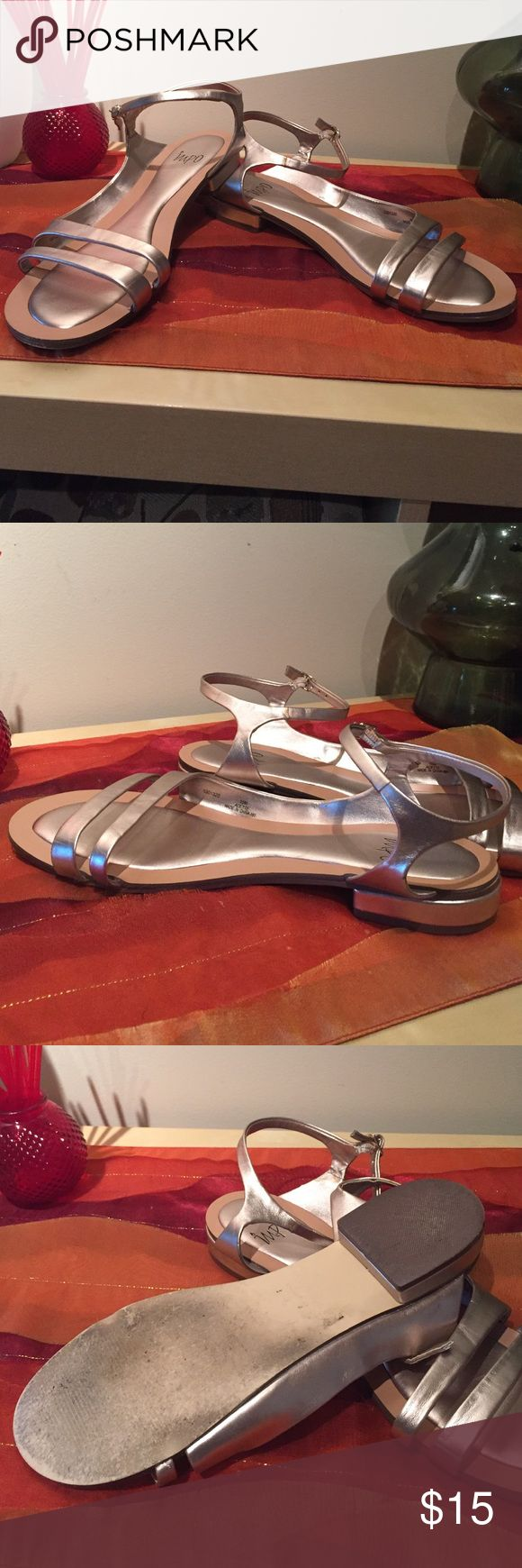 Champagne Flat Sandal Gold flats. In good condition. Gently worn. Shoes Sandals