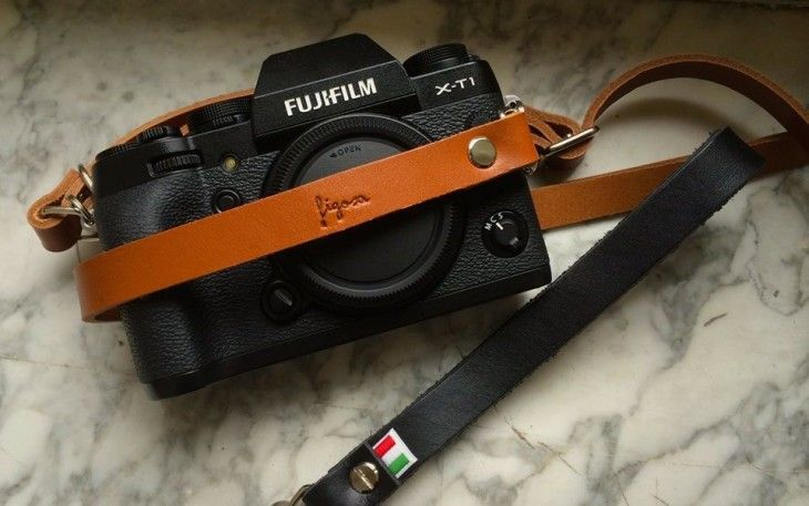 Looking Lovely in Leather: Review of the Figosa neck and wrist straps