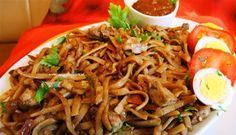 Surinaams eten – Surinaamse bami met kip, saoto en zuurgoed