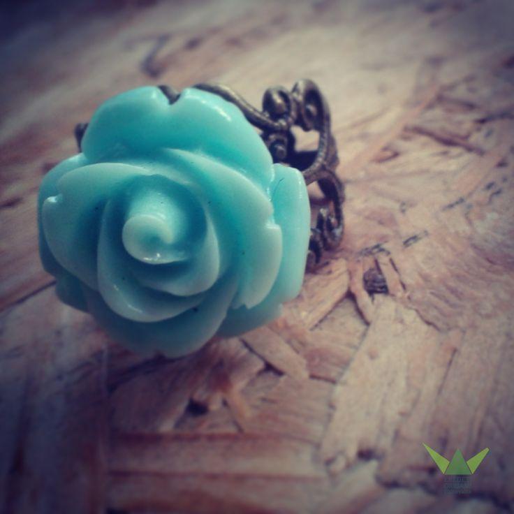 Mint-rose ring