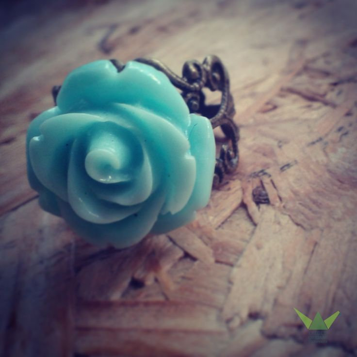 Mint-rose ring