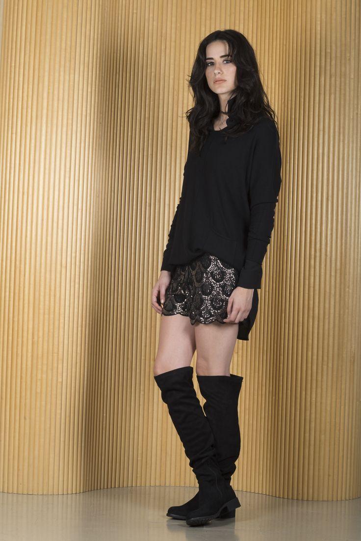 Short Margie + Camisa Jane + Sweater Sally + Bucaneras Fiorella