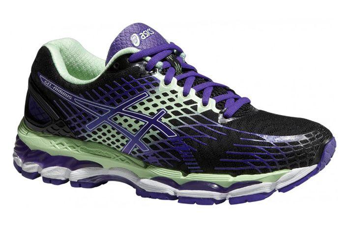 #Asics GEL-Nimbus 17 -  uniwersalne obuwie treningowe. Charakteryzują się bardzo wysokim poziomem amortyzacji. Dlatego przeznaczone są do biegania na utwardzonych nawierzchniach , szczególnie na długich dystansach. Zalecane  Panią poszukującym wysokiej ochrony oraz komfortu. #jesienzima2015 #damskie #treningowe #gel