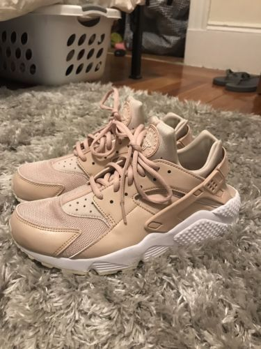 pick up 69084 96fe0 WOMEN S NIKE AIR HUARACHE RUN PARTICLE BEIGE DESERT SAND SIZE 10.0