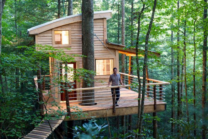 sleep underneath the forest canopy at this epic treehouse in kentucky rh pinterest com
