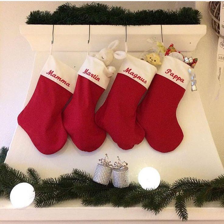 """79 likerklikk, 14 kommentarer – Dåpskjoler • Dåpsbånd • Kyser (@lillekrollogmuttern) på Instagram: """"Utrolig moro å se så flotte bilder fra kunder. Hos @irmelint er det klart til jul med julestrømper…"""""""
