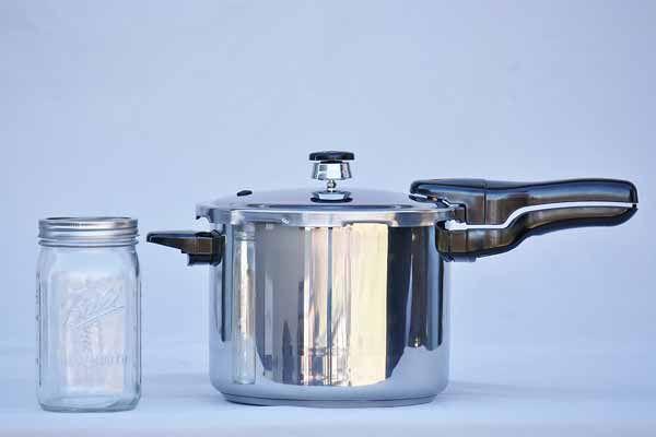 Presto Pressure Cooker 6 Quart Stainless Steel