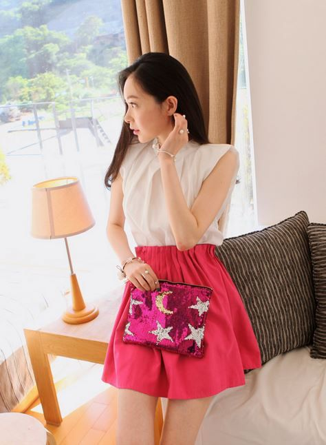 Korea feminine clothing Store [SOIR] Ruched Two-Piece / Size : Free / Price : 24.94USD #korea #fashion #style #fashionshop #soir #feminine #special #lovely #skirt #black #pink #green #flares