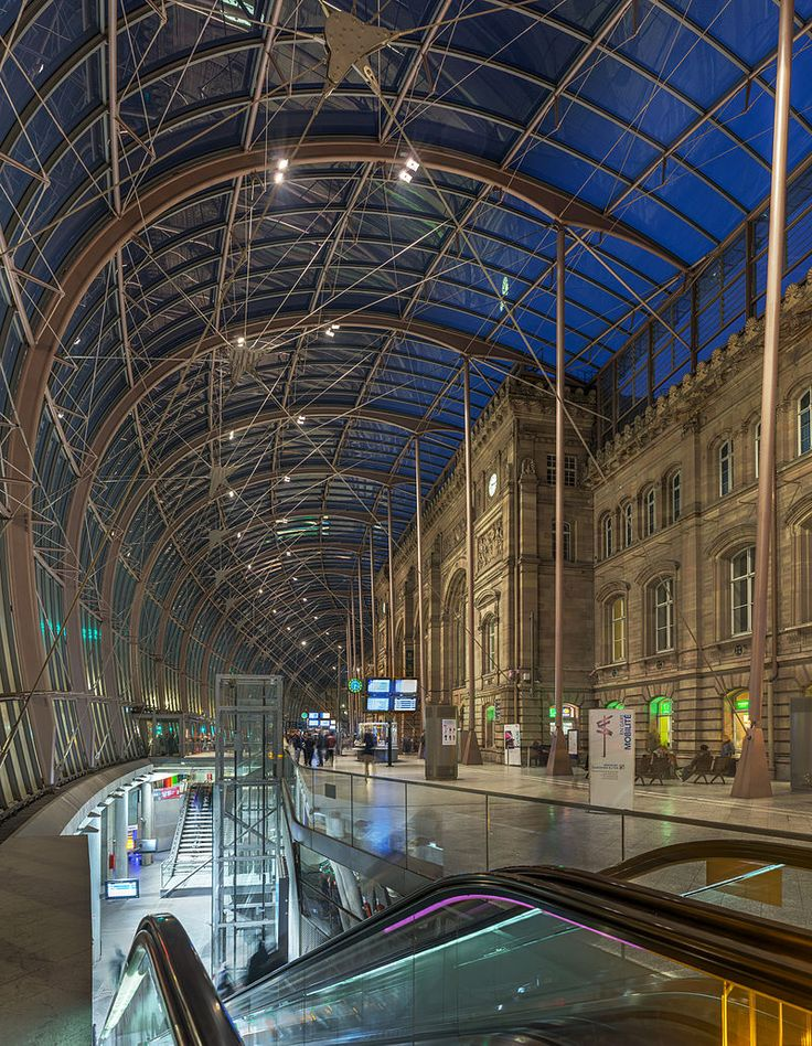 Gare de Strasbourg Interior, Alsace, France - Diliff.jpg