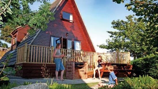 Riverside Holiday Park Newquay, Cornwall (Sleeps 1 - 8), UK, England. Self Catering. Holiday Lodges. Holiday. Travel. Children Welcome. Pets Welcome. Wifi. Coast Nearby. Countryside. Disabled Access. Disabled Facilities.