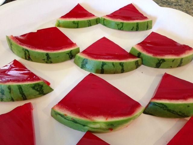 Tori Spelling's Watermelon (Jello) Jigglers #CelebrityRecipes #SnackIdeas #Treats