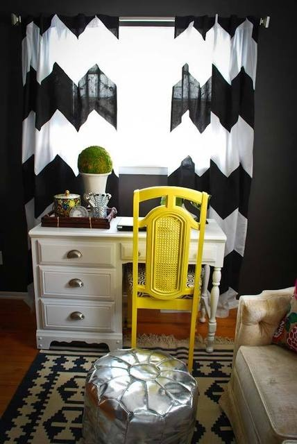 So bold! Curtains + graphic colors are fantastic.
